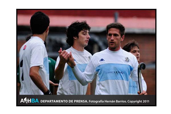 Lucas Argento hizo hat-trick y le dio la victoria a GEBA (Foto: Prensa AAHBA/Hernán Barrios)